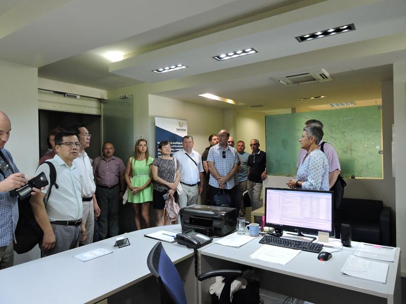Εικόνα 1 από επίσκεψη στα γραφεία